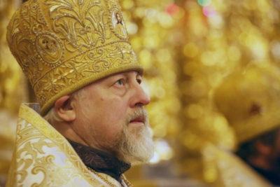 Кто построил Успенский собор в Смоленске