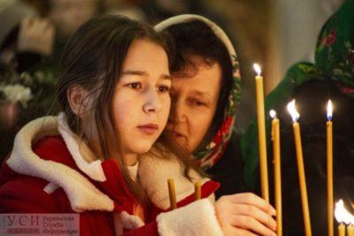 Когда идет служба на Рождество