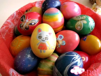 Почему красят яйца на Пасху Библия