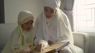 Как называется утренняя молитва у мусульман