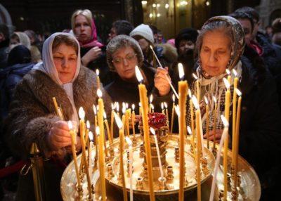 Почему православные и католики празднуют Рождество в разные дни
