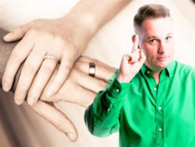 Почему обручальное кольцо носят на правой руке на безымянном пальце