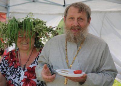 Какие травы нужно собирать на Троицу