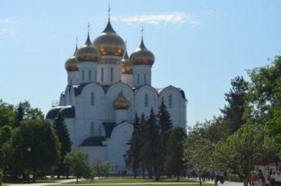 Когда был построен Успенский собор в Кремле