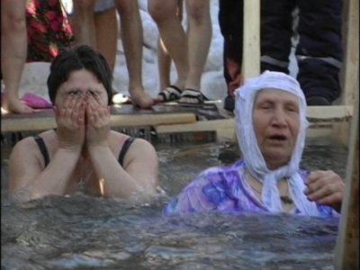 Когда лучше брать святую воду