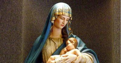 В каком возрасте родила Дева Мария