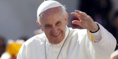 Почему католики крестятся наоборот