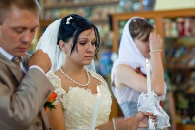 Чем венчание отличается от свадьбы