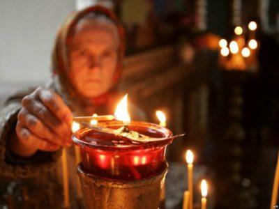 зачем ставить свечи в церкви