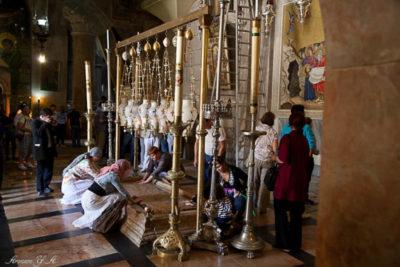 Кому принадлежит Храм Гроба Господня